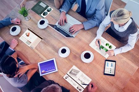business: Interfaccia Affari contro un'interfaccia business