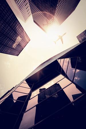 lens flare: Lens flare contro aereo