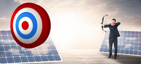 floorboards: Empresario disparar un arco y flecha contra los paneles solares en entarimados en el cielo