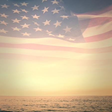 banderas america: Generada digitalmente americano ondulante bandera contra hermosa puesta de sol en un día soleado