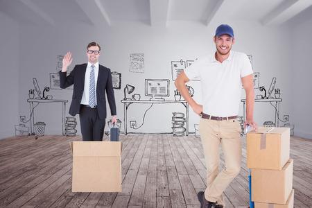 sala parto: Consegna Felice l'uomo appoggiato sul carrello di scatole contro ufficio Doodle in camera