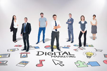 Business-Team gegen digitales Marketing