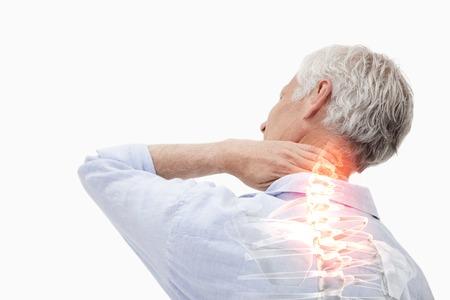douleur epaule: Composite numérique de surbrillance douleurs de la colonne vertébrale de l'homme