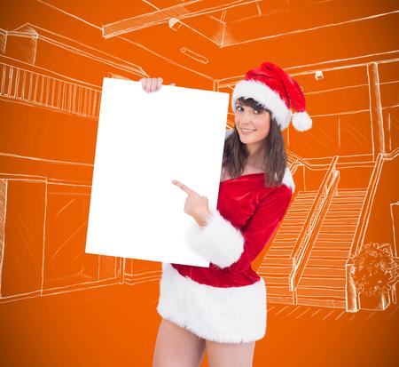 pere noel sexy: Jolie Santa Girl affiche tenant contre vignette d'orange Banque d'images
