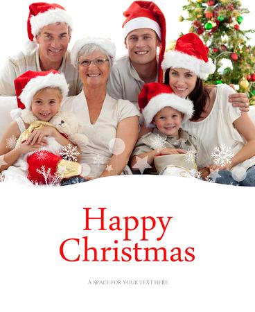 botas de navidad: Niños sentados con su familia la celebración de botas de Navidad contra la feliz navidad