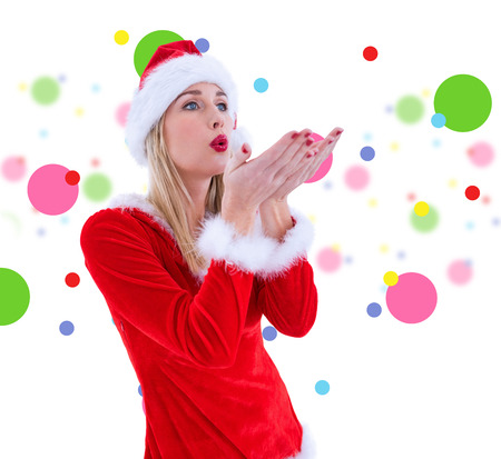 pere noel sexy: Festive soufflage blond sur les mains contre motif de points