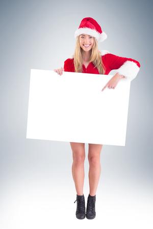 pere noel sexy: Jolie Santa fille tenant l'affiche sur la vignette fond