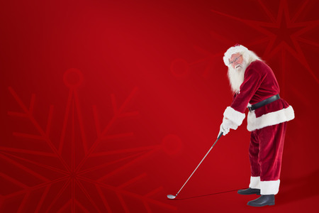 christmas golf: Santa Claus is playing golf  against red background