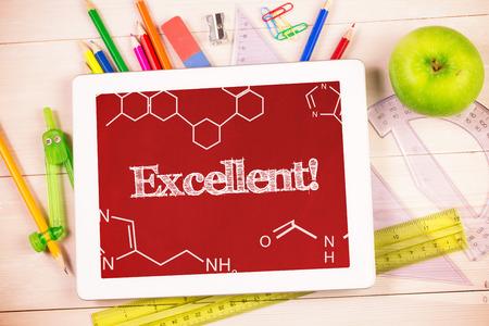 ottimo: La parola eccellente! e la scienza grafica contro gli studenti scrivania con tablet pc