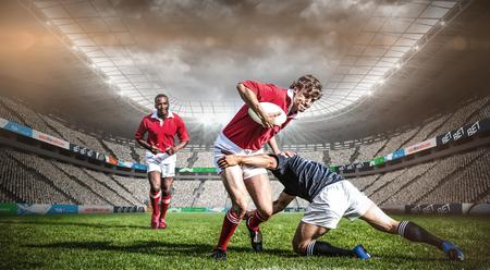 Rugby-Stadion gegen Rugby-Spieler während des Spiels die Bekämpfung