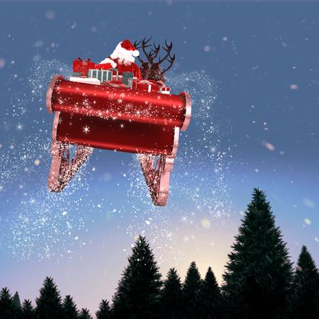 papa noel en trineo: Vuelo de Santa en su trineo contra la nieve que cae en bosque de abetos