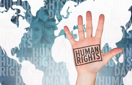 derechos humanos: Mano con los dedos hacia fuera contra el tiro de cabeza imágenes de perfil de los solicitantes sonrientes