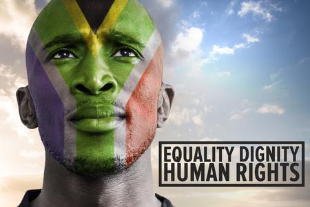 derechos humanos: los derechos humanos contra el hombre africano al sur Foto de archivo
