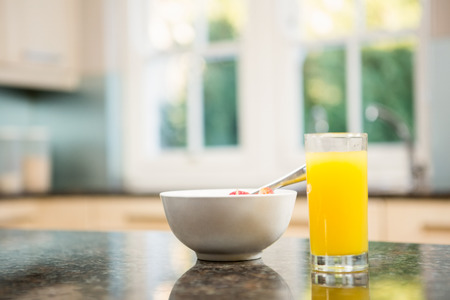 domiciles: Breakfast on kitchen counter at home in morning Stock Photo