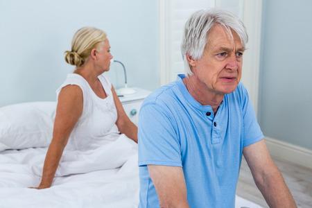 desolaci�n: par mayor trastorno que se sienta en la cama en su casa