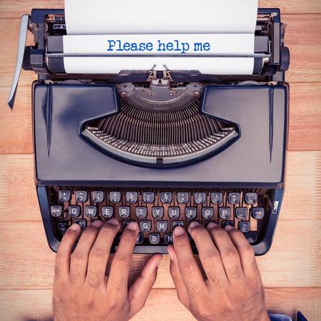part of me: Por favor, ayúdame mensaje contra el empresario a escribir en máquina de escribir
