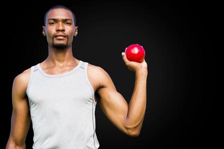 shot put: Retrato de deportista grave es la celebraci�n de un lanzamiento de peso