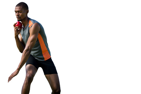 lanzamiento de bala: Hombre del atleta para concentrarse durante su lanzamiento de peso