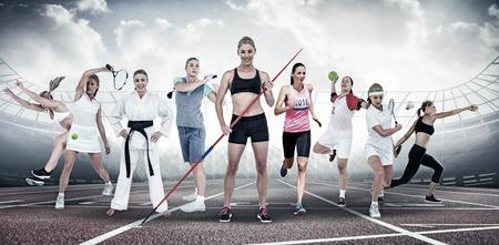 lanzamiento de disco: Profile view of sportswoman practising discus throw  against view of a stadium