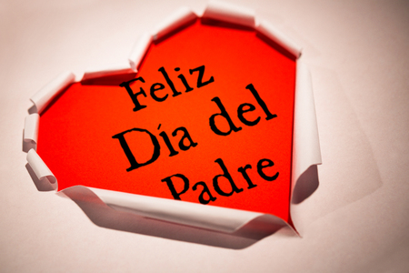 del: Word Feliz dia del padre against white background with vignette Stock Photo