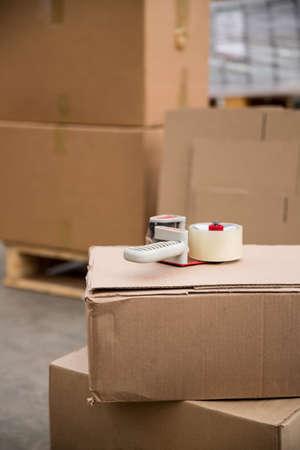 cajas de carton: Inter de almacén con cajas de cartón LANG_EVOIMAGES