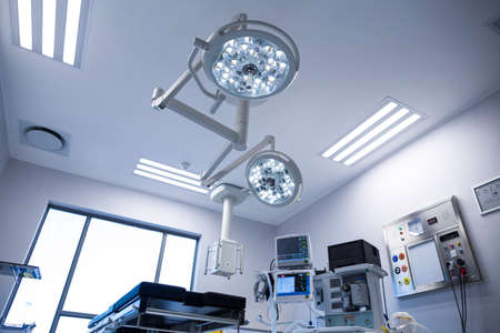 operation light: Interior view of operating room in hospital LANG_EVOIMAGES