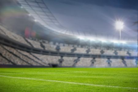 Création numérique d'éclairage espace de copie du stade contre le ciel 3d