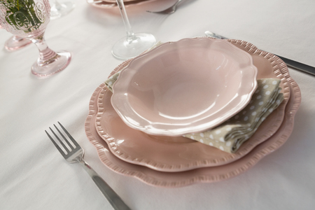 Close-up of beautiful table setting for an occasion Banque d'images
