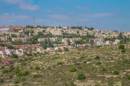 아리엘 시티 뷰. 아리엘은 이스라엘의 서부에 위치한 도시입니다.
