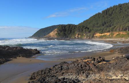 lookout: The Oregon Coast - Looking north near Devils Churn, Oregon Coast Trail