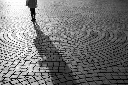 Fond texturé avec l'ombre d'images en noir et blanc