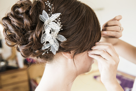 hairstyling: The beautiful hairstyling for Chinese bride