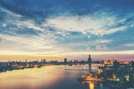 uitzicht over de stad in Kaohsiung - Taiwan Stockfoto