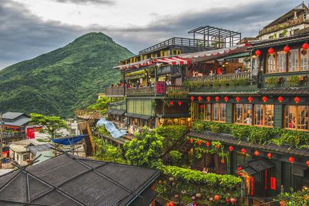 Hillside theehuizen in Jiufen, Taiwan. Stockfoto - 55527298