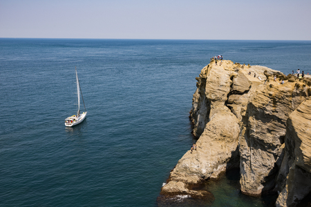 Sailboat on Ocean Banque d'images