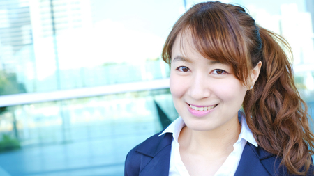 Young business woman smile to camera