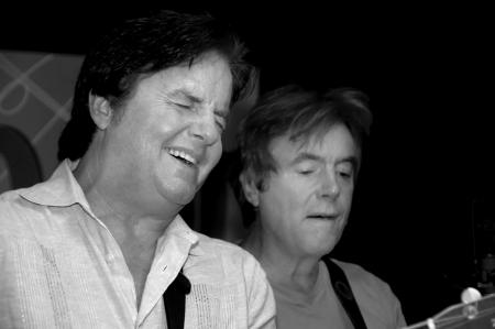 セント ・ ピーターズバーグ、フロリダ (米国) - 2010 年 10 月 29 日: クリス ・ ローワン (左) とロラン ローワン (右) ローワン兄弟として知られる、パ 報道画像