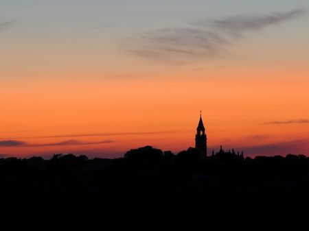 city skyline at sunset Imagens