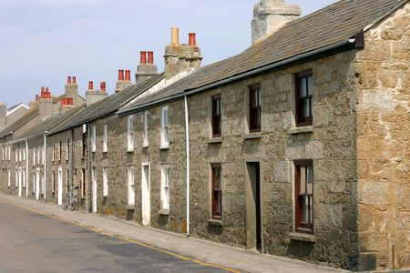 scilly: A row of old Cornish cottages, Isles of Scilly, UK.