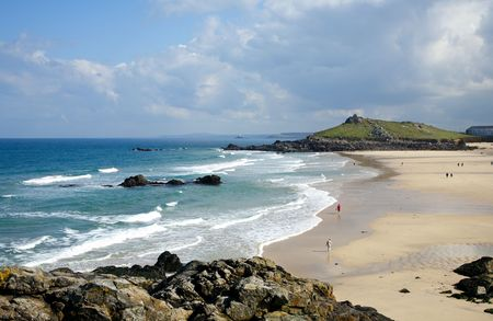 spring tide: Low spring tide at Porthmeor beach in St. Ives, Cornwall, UK