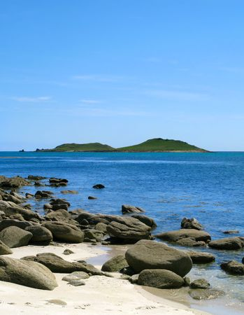 Looking at the Eastern Islands from St. Martins, Isles of Scilly. Stock Photo - 3323323
