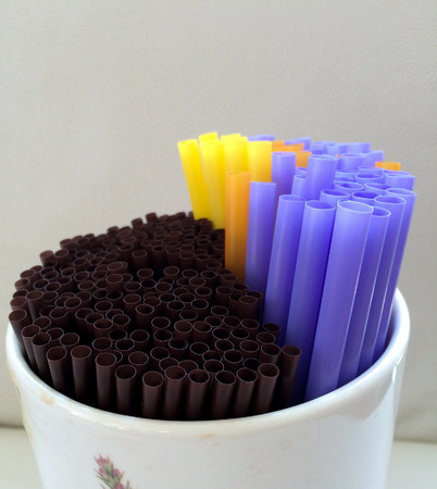 straws: Plastic Straws
