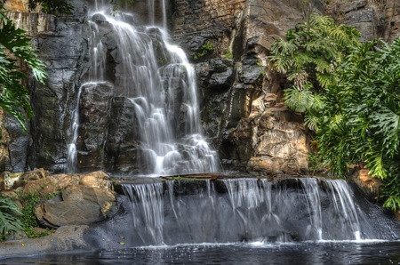 quiet scenery: waterfall at Picnic Point Toowoomba