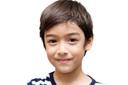 Weinig gelukkige jongen die camera portret Stockfoto