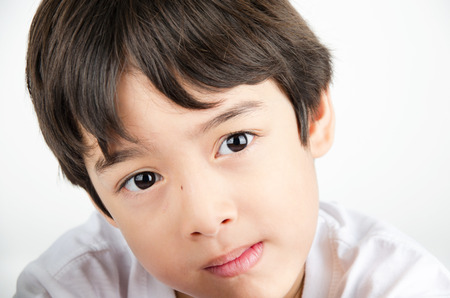 ojo humano: de cerca de la cara del muchacho asiático hermosos ojos Foto de archivo