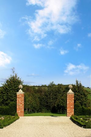 Entrance way to a country house and gardens Stock Photo - 3580492