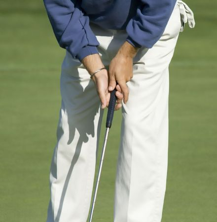 grip: Proper grip of the putter