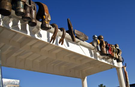 peen: Hammers hangs out on display at a flea market Stock Photo
