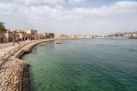 Al Shindagha on Dubai Creek 版權商用圖片 - 147986135