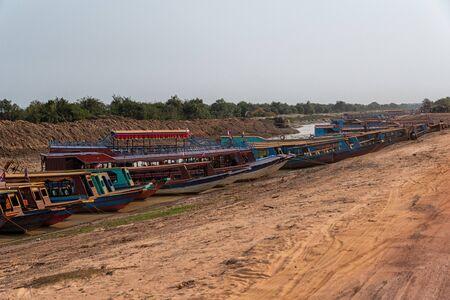 Boats on Tonle Sap Lake in Cambodia 版權商用圖片